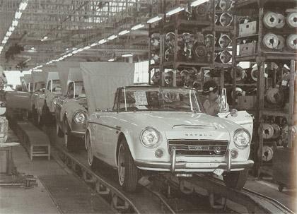 datsun fairlady production line